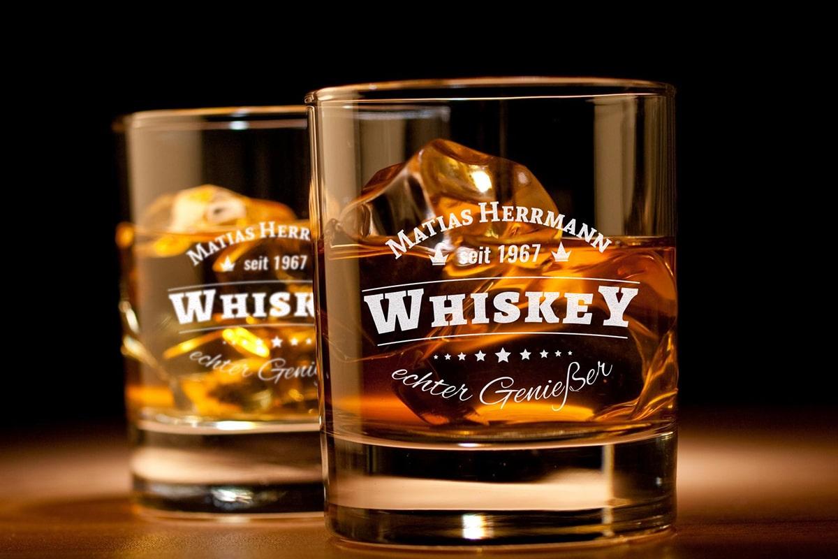Whiskey Genießer Glas mit Gravur