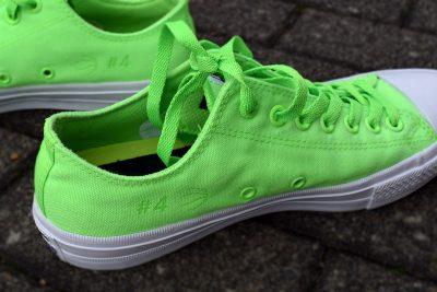 Lasergravur auf Converse-Schuh