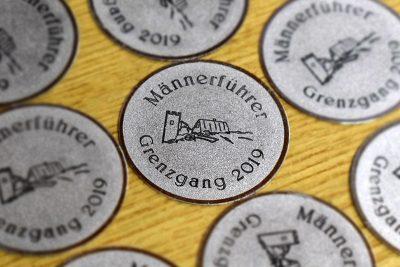 Runde Namensschilder graviert Grenzgang Biedenkopf 2019
